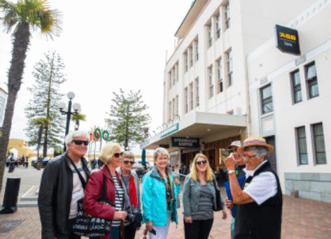 Walking Tour Around Napier City