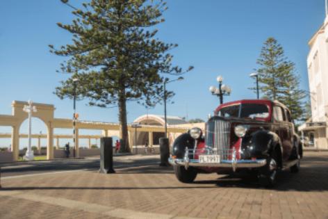 Napier Marine Parade Art Deco Car