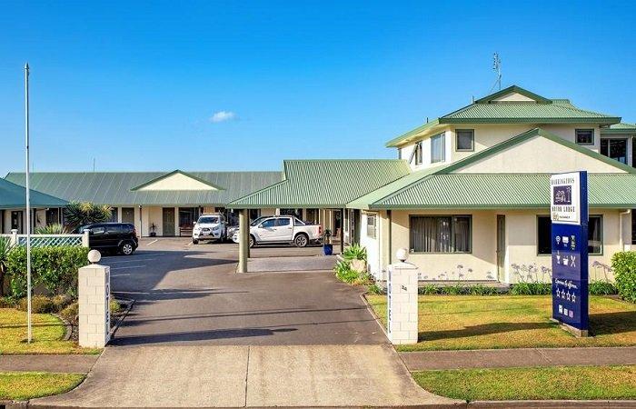 Barringtons Motor Lodge Entrance