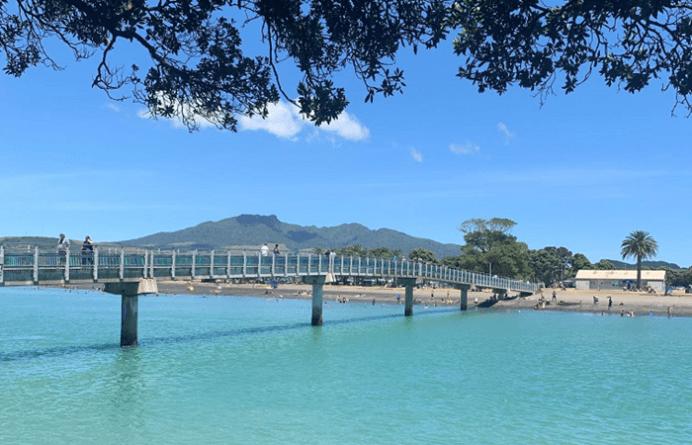 Walking bridge at Raglan beach