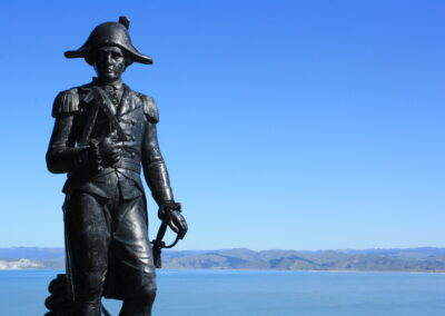Captain Cook Statue Gisborne with water and landscape behind